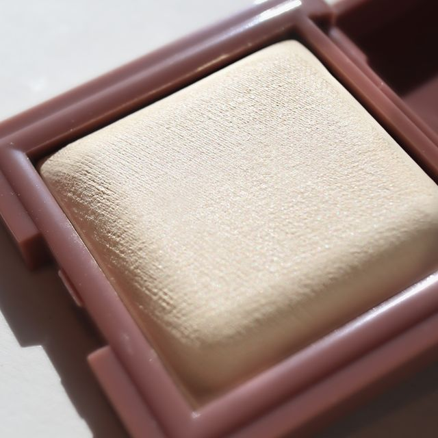Silky Touch Lighting Powder